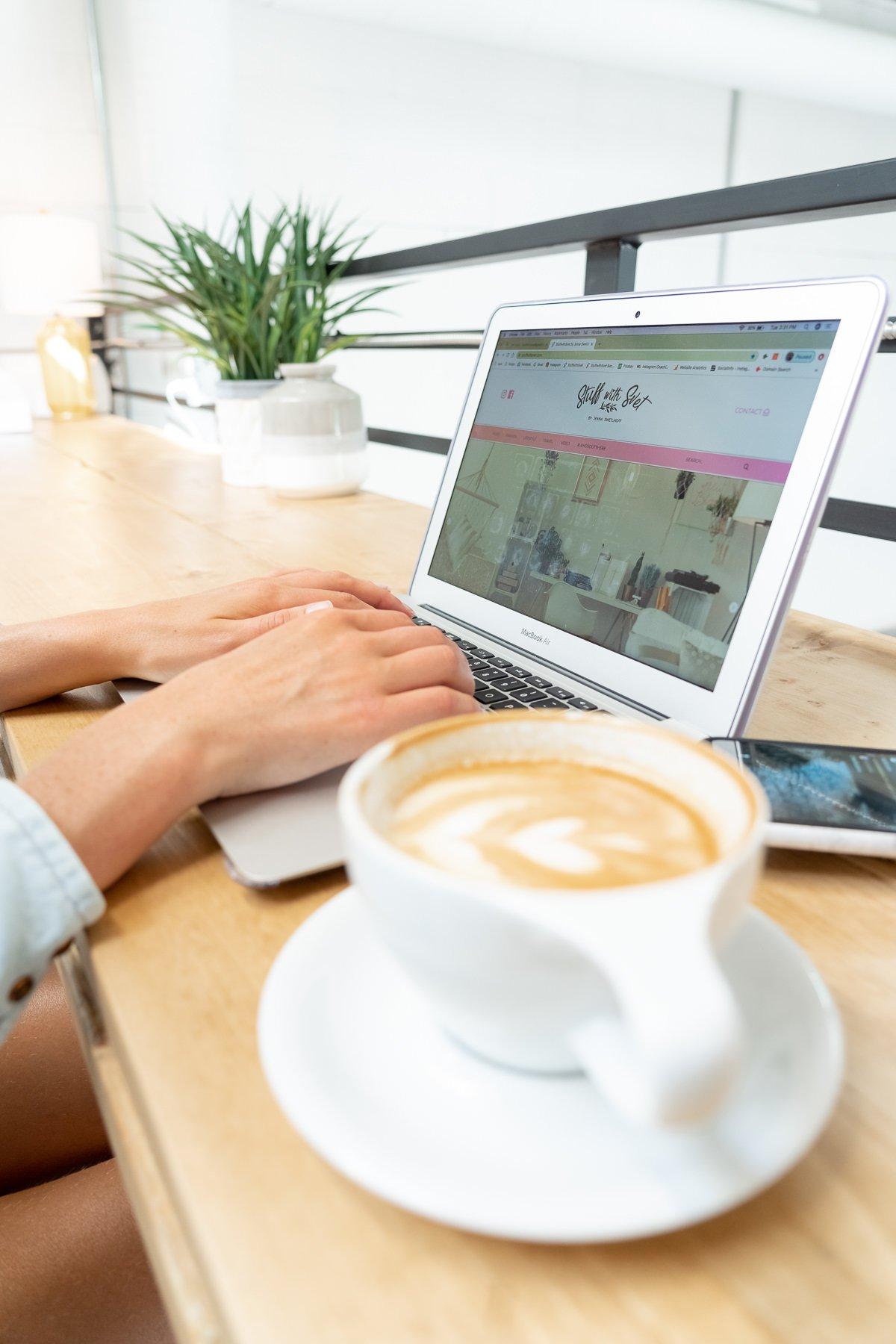 lifestyle photoshoot coffee shop