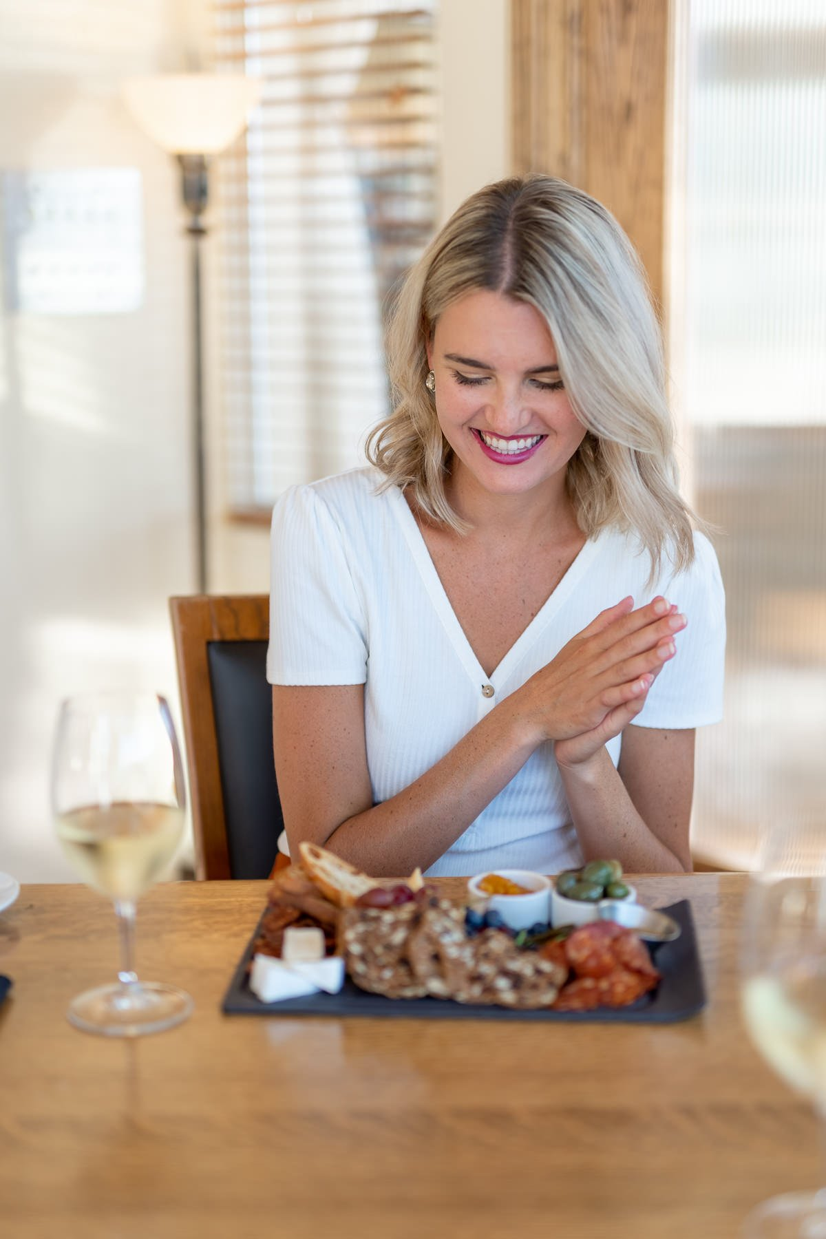 lifestyle photoshoot kelowna food blogger
